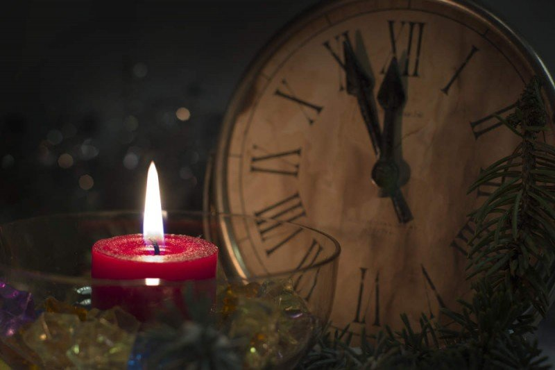 holiday hours at Alongside You