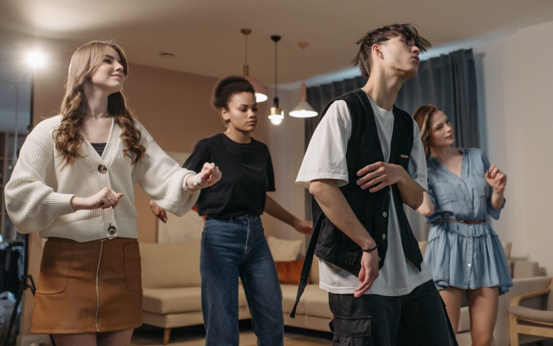 How Can Therapeutic Dance/Movement Help Me?
